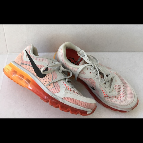 338b2d5a8363 Nike air Max W Removable Insoles LikeNew. M 5b1acf97baebf62f865b497b. Other  Shoes ...